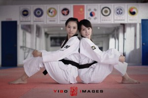 Hello ladies! Is this going to be Taekwondo ground techniques class? okay you both attack me first!